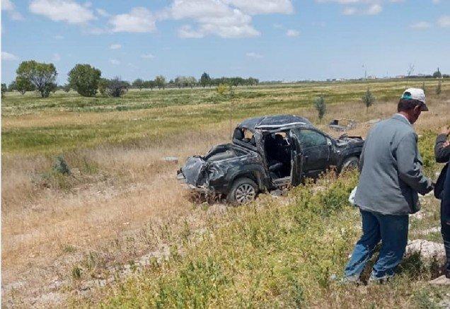 Eskil Eşmekaya Yolunda Kaza 1 Ölü 2 Yaralı